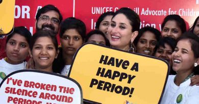 Popular Bollywood actor and UNICEF Goodwill Advocate, Kareena Kapoor, congratulated a group of adolescent girls for their work in promoting improved menstrual hygiene in Uttar Pradesh.