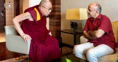 Dalai Lama with Delhi education minister Manish Sisodia. Photo: AAP