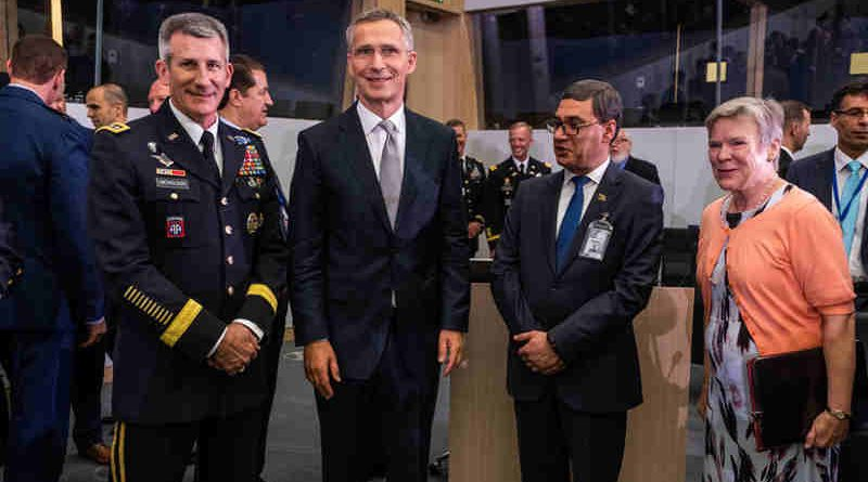 Left to right: General John W. Nicholson (Commander Resolute Support); NATO Secretary General Jens Stoltenberg; Tariq Shah Bahramee (Minister of Defence, Afghanistan); NATO Deputy Secretary General Rose Gottemoeller. Photo: NATO