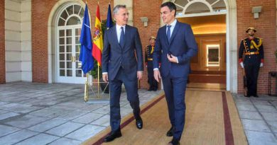 NATO Secretary General Jens Stoltenberg and the Prime Minister of Spain, Pedro Sanchez. Photo: NATO