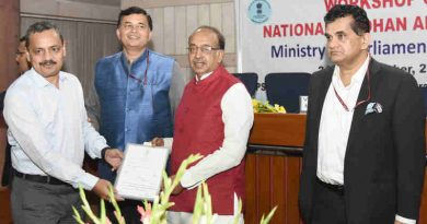 Minister Vijay Goel at the orientation workshop on National e-Vidhan Application (NeVA) organised by the Ministry of Parliamentary Affairs, in New Delhi on September 25, 2018