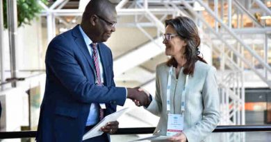 Begoto Miarom, Chairperson of the African Union Advisory Board on Corruption and Patricia Moreira, Managing Director of Transparency International signed the MOU on behalf of their respective parties.