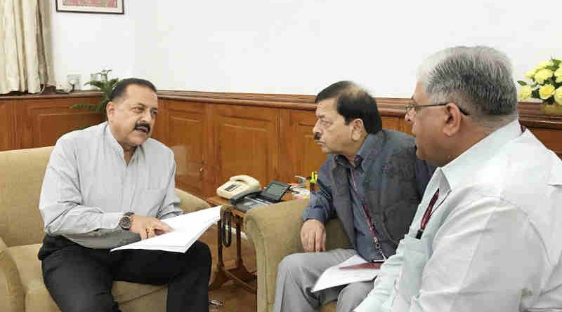 "The Vigilance Commissioners, Central Vigilance Commission, T.M. Bhasin and Sharad Kumar, calling on a Minister for Prime Minister's Office Dr. Jitendra Singh, to hand over the CVC Analysis Report on ""Top 100 Bank Frauds"", in New Delhi on October 17, 2018. (file photo). Courtesy: PIB"