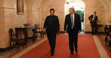Imran Khan with Donald Trump. Photo: Pakistan Tehreek-e-Insaf (PTI)