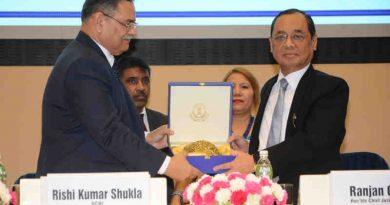 Director of CBI Rishi Kumar Shukla with Chief Justice of India Justice Ranjan Gogoi. Photo: CBI