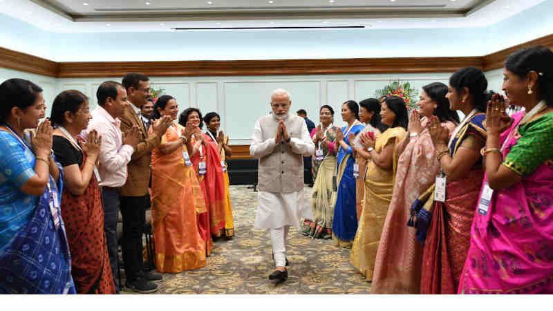 Narendra Modi meeting the recipients of the National Teacher Awards' 2018, in New Delhi on September 03, 2019. Photo: PIB