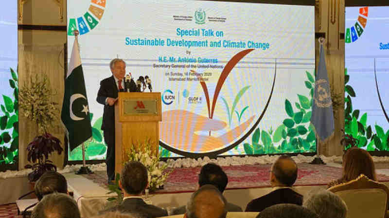 Secretary-General António Guterres delivers an address at a 'Special Talk on Sustainable Development and Climate Change', in Islamabad, Pakistan. Photo: May Yaacoub / UN News