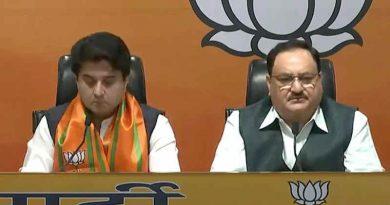 Jyotiraditya Scindia with BJP National President JP Nadda. Photo: BJP