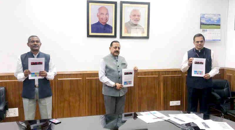 Dr. Jitendra Singh launching the DARPG's National Monitoring Dashboard on COVID-19 Grievances, in New Delhi on April 01, 2020. Photo: PIB