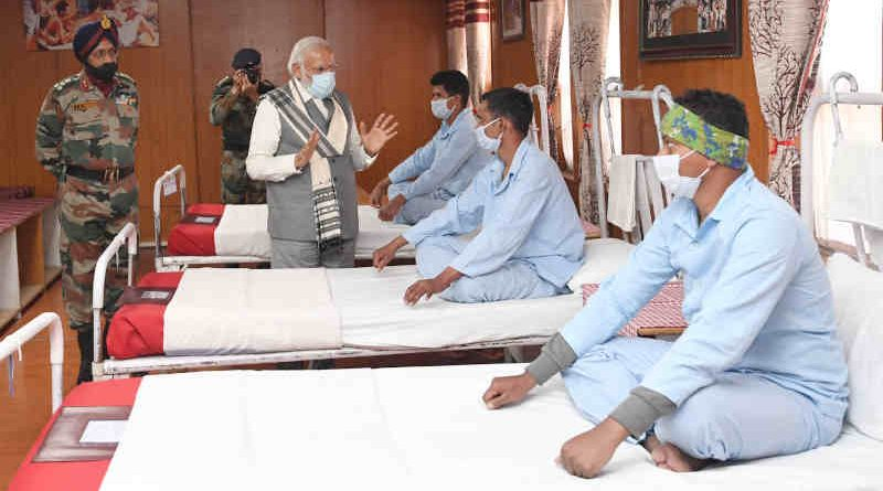 PM Narendra Modi visits Army hospital in Ladakh on July 3, 2020. Photo: PIB