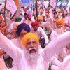 Protesting Farmers Debunk Modi Govt's Covid Pretext to Enter Delhi