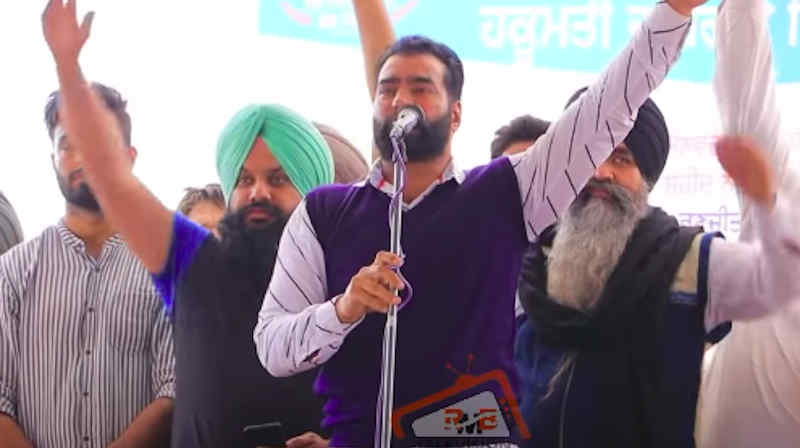 Lakha Sidhana addressing a rally in Punjab's Mehraj village on February 23, 2021. Photo: Screengrab