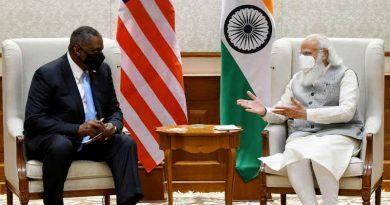 The U.S. Defence Secretary, Mr. Lloyd Austin calls on India's Prime Minister, Narendra Modi, in New Delhi on March 19, 2021. Photo: PIB