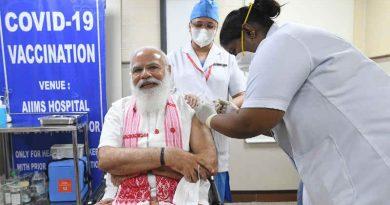 Prime Minister (PM) of India Narendra Modi taking Covid-19 vaccine at Delhi's All India Institute of Medical Sciences (AIIMS) on March 1, 2021. Photo: Narendra Modi / Twitter