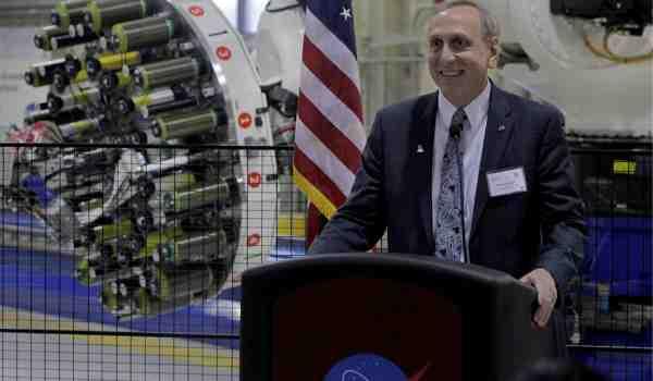 NASA's Steve Jurczyck addresses an audience during a manufacturing event in Hampton, Virginia. Image Credit: NASA / Gary Banziger