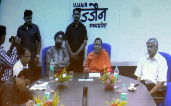 Uma Bharti launching the Smart Ganga City programme through video conference from Ujjain on August 13, 2016