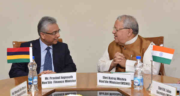 The Finance Minister of Mauritius, Mr. Pravind Jugnauth calling on the Union Minister for Micro, Small and Medium Enterprises, Shri Kalraj Mishra, in New Delhi on September 15, 2016