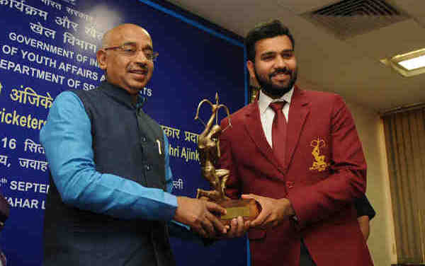 Cricketer Rohit Sharma receives Arjuna Award in New Delhi on September 16, 2016