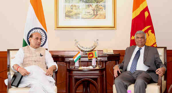 The Union Home Minister, Shri Rajnath Singh calling on the Prime Minister of the Democratic Socialist Republic of Sri Lanka, Mr. Ranil Wickremesinghe, in New Delhi on October 05, 2016.