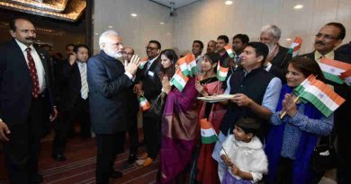 Narendra Modi with Indian Community