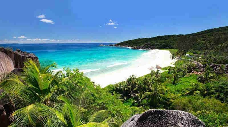 Digue Island, Seychelles. Photo: UNWTO
