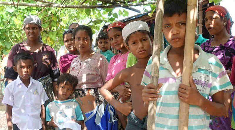 Residents of the Thet Kae Pyin camp for displaced people in Sittwe, Rakhine State, Myanmar. (file) Photo: OCHA/P.Peron