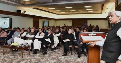 Three groups of Secretaries present ideas on governance, science & technology, and energy & environment to the Prime Minister, Narendra Modi, in New Delhi on January 04, 2016