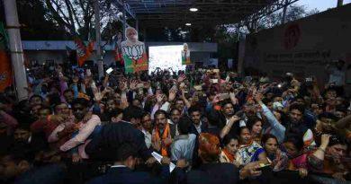 Narendra Modi Asks Indians to Build New India