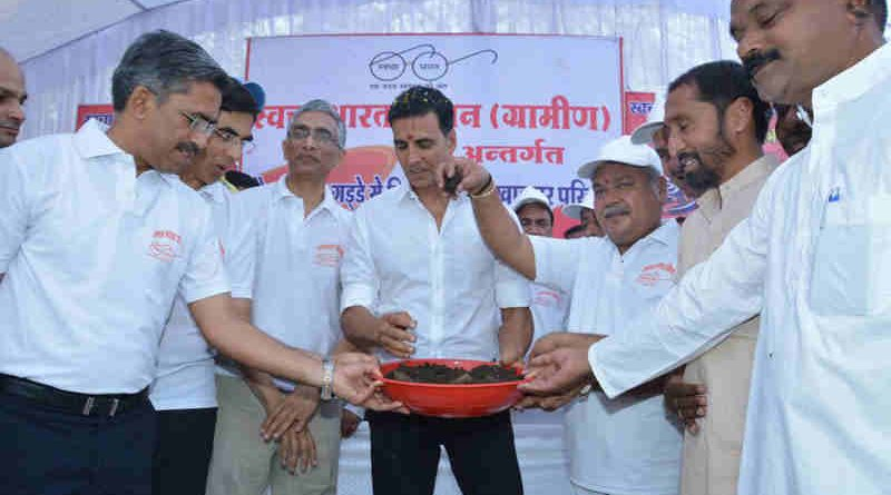 Bollywood actor Akshay Kumar undertook a toilet pit emptying exercise, in Reghwan village, at Khargone district, Madhya Pradesh on April 01, 2017.