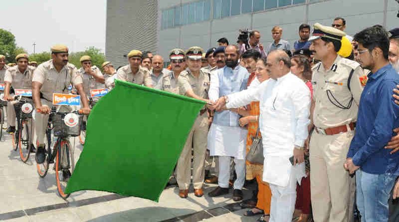 The Minister of State for Home Affairs, Shri Hansraj Gangaram Ahir flagging off the Bicycle Patrols by Delhi Police, in Delhi on May 30, 2017. The Delhi Commissioner of Police, Shri Amulya Patnaik is also seen.