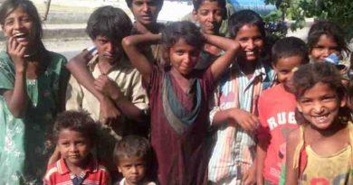 Poor Children in India. Photo: Rakesh Raman