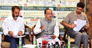 Vijay Goel addressing a press conference on Sports Talent Search Portal and Grameen Khel, in New Delhi on August 26, 2017