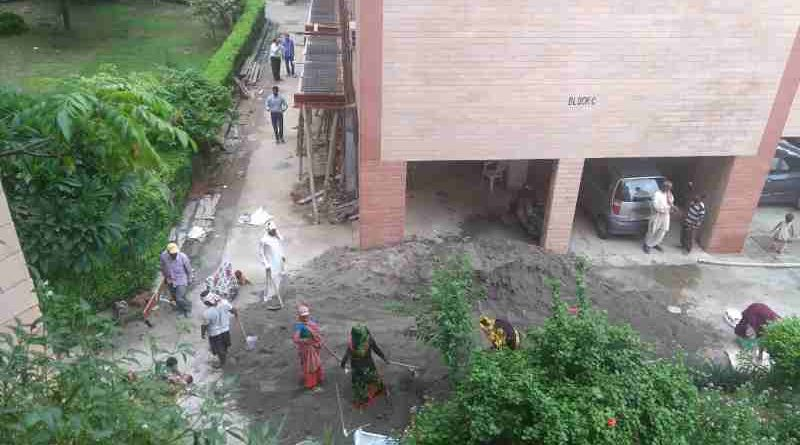 Deadly dust and noise pollution is caused by FAR construction in occupied cooperative group housing societies of Delhi. Court has now stopped FAR construction, but corrupt DDA officials are still giving FAR approvals.