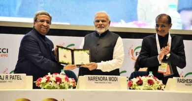Narendra Modi being felicitated at the inaugural session of 90th Annual General Meeting of FICCI, in New Delhi on December 13, 2017
