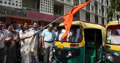 Smt. Anupriya Patel flagging off the Auto Campaign/Rally, on the occasion of the World No Tobacco Day, in New Delhi on May 31, 2018