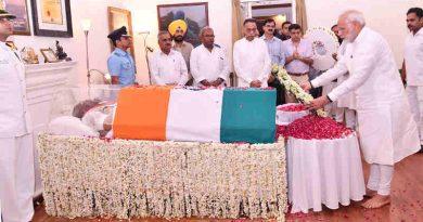 The Prime Minister, Shri Narendra Modi paying tributes to the former Prime Minister, Shri Atal Bihari Vaajpayee, in New Delhi on August 16, 2018.