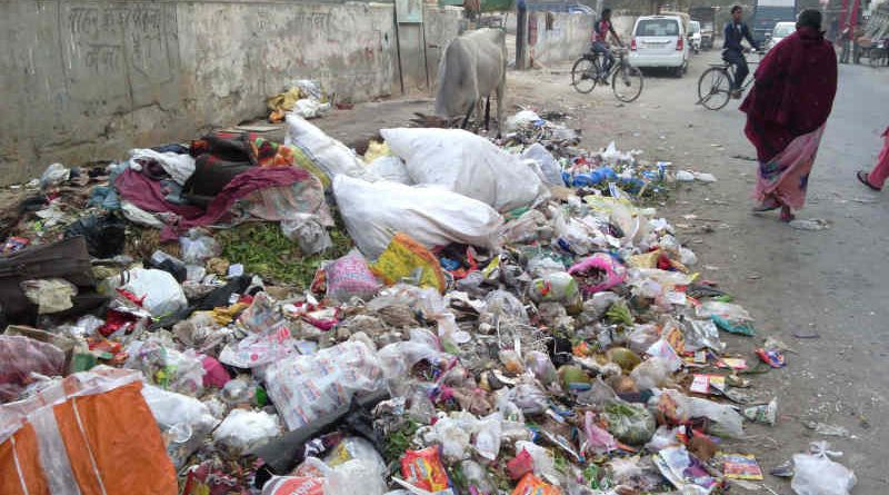 A dirty street in India's capital New Delhi. The authorities are so careless that they do not get the localities cleaned. Bureaucratic and political corruption is the main reason for dirty streets and increasing pollution which is causing diseases and deaths among the people of the city. Photo: Rakesh Raman / RMN News Service