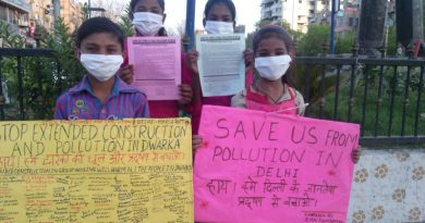 Children of RMN Foundation free school participating in the environment protection campaign in New Delhi. Photo: Rakesh Raman / RMN News Service
