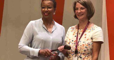 Outgoing President of UNECOSOC Ambassador Rhonda King handing the gavel to the new President of ECOSOC Ambassador Mona Juul of Norway. Photo: UNECOSOC