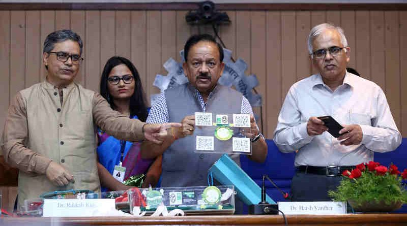 Dr. Harsh Vardhan at a press conference on Green Crackers, in New Delhi on October 05, 2019. Photo: PIB