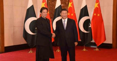Pakistan Prime Minister (PM) Imran Khan with Chinese President Xi Jinping. Photo: Govt of Pakistan