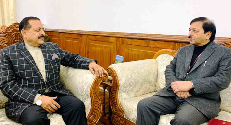 The Central Vigilance Commissioner (CVC) Sharad Kumar calling on the Minister of State in Prime Minister's Office Dr. Jitendra Singh in New Delhi on January 06, 2020. Photo: PIB