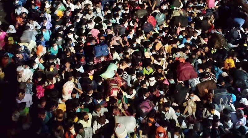 As the Modi government failed to plan and implement the lockdown, hundreds of thousands of poor migrant workers are leaving the cities to go to their native places while the lockdown is in progress. As they defied the social distancing guidelines, millions of people in India will get infected with coronavirus for which Modi alone is responsible. Photo: Web