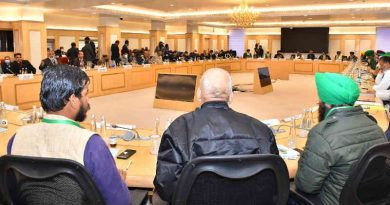 Leaders of over 40 farmer unions holding talks with Modi government ministers on January 4, 2021 at New Delhi. Photo: Ministry of Agriculture & Farmers Welfare, Government of India