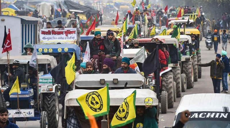 Tractors coming to participate in the tractor rally in New Delhi on January 26, 2021. Photo: Kisan Ekta Morcha