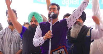 Lakha Sidhana addressing a rally in Punjab's Mehraj village on February 23, 2021. Photo: Screengrab